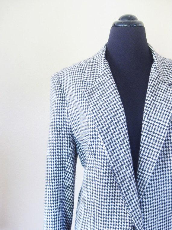 Vintage 1980s Blazer // 80s HOUNDSTOOTH Jacket // Black and White Medium Large M L Ladies Womens