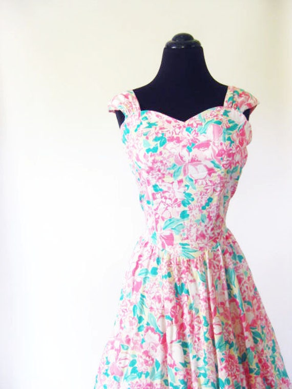 Vintage SWEETHEART Neckline Dress 1980s Gown Small Medium S M PASTEL Prom Formal Party