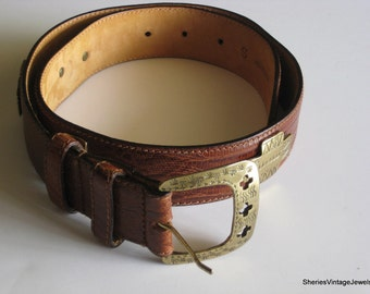 Vintage Italian  Leather Belt made in Italy Brown Embossed Reptile Pattern Sz Small Concho style