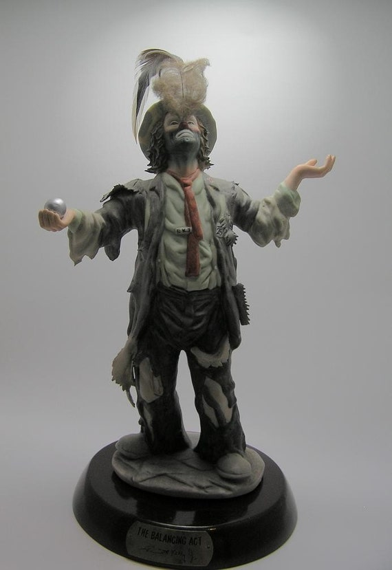 Emmett Kelly Jr Large Figurine Balancing Act