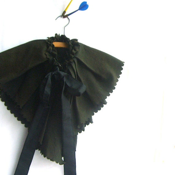 1800s Victorian Mourning Cape Halloween Decor Prop
