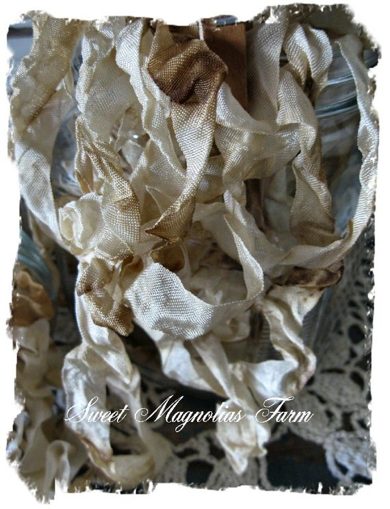 Romantic Aged Crinkled Seam Binding by the Yard for your Pleasure ..