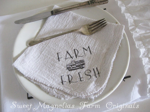 """Farmhouse Napkins Set of 4 """"Farm Fresh"""" Vintage Truck - Perfect for BBQ's.. Parties.. Weddings .. and Everyday Use"""