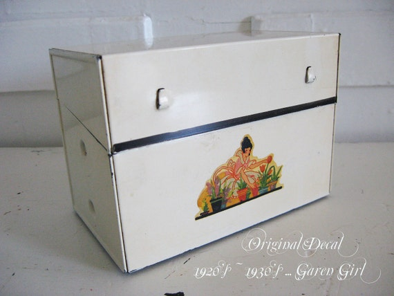 Vintage Recipe Box - 1930s - 1940's - Original Garden Girl Decal - Box Full of at least 100 or more Recipe Cards