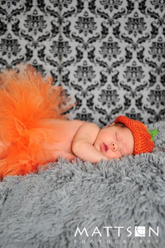 Sweet little pumpkin hat