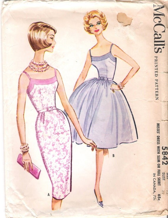 Sexy Vintage Sewing Pattern 1960s McCalls 5842 Wiggle Dress with Straps or Full Skirt Size 12