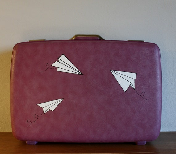 VINTAGE purple AMERICAN TOURISTER SUIT CASE with hand painted paper planes - Paper World