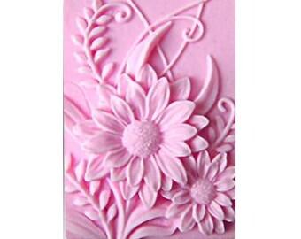Daisy Soaps - Vegan Soaps -  Decorative  Soaps - Flower Soaps -  Glycerin Soaps - Moisturizing -  Fragrance Oil Japanese Cherry Blossom