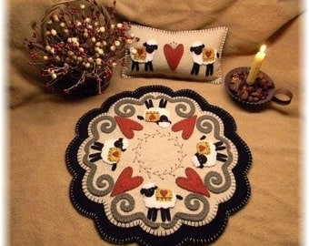 Hearts & Sheep Penny Rug/Candle mat/shelf pillow DIGITAL PATTERN