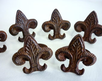 SALE //// 6 Vintage Liz Flower Napkin Rings