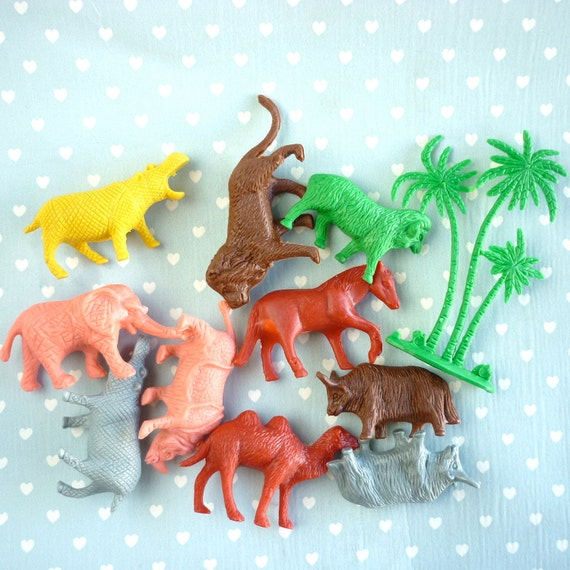 Vintage Retro Plastic Animals