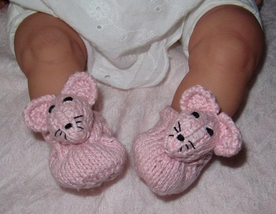 Instant Digital File pdf download knitting pattern- madmonkeyknits Baby Sugar Mouse Shoes pdf knitting pattern