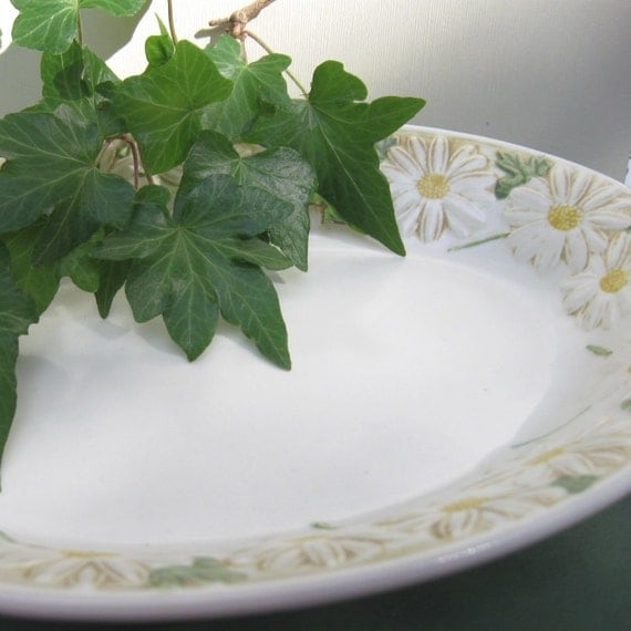 RESERVED:  Poppy Trail Vegetable Bowl or Serving Dish with Daisy Pattern by Metlox