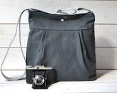 WATERPROOF Grey Diaper bag / Baby diaper bag / Messenger bag / Travel bag / Spring Fashion / Large Tote / Cross body bag / Women Handbag