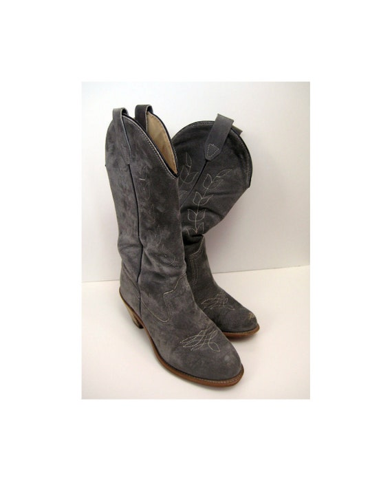 vintage cowboy boots gray suede with white contrast