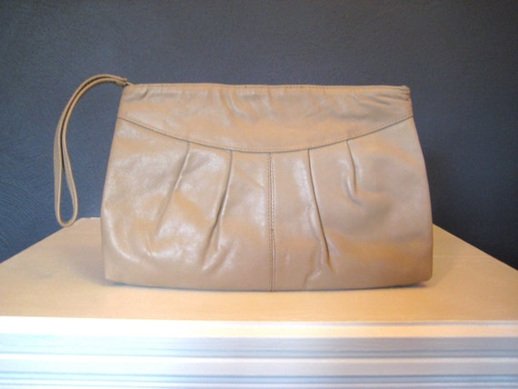 Vintage Tan Leather Clutch