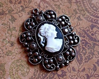 Antique Silver French VICTORIAN CAMEO PENDANT-Large Silver Metal Cameo Pendant-White Cameo Pendant-Oval Cameo woman Pendant