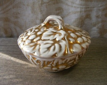 Grape, Grape Vine Pottery Dish in Rich Gold and Ivory - USA Casserole Vegetable Lidded Serving