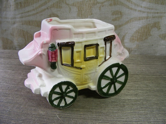Vintage FAIRYTALE COACH PLANTER Pink and White Carriage, Handpainted Japan