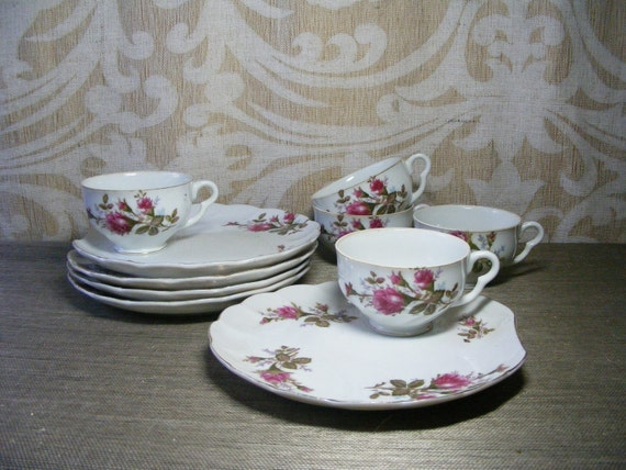 Vintage Tea Luncheon Dish Set MOSS ROSE Tea Cup & Plate Service For 5 Porcelain China Japan Romantic Scallop Shell Shape, Snack