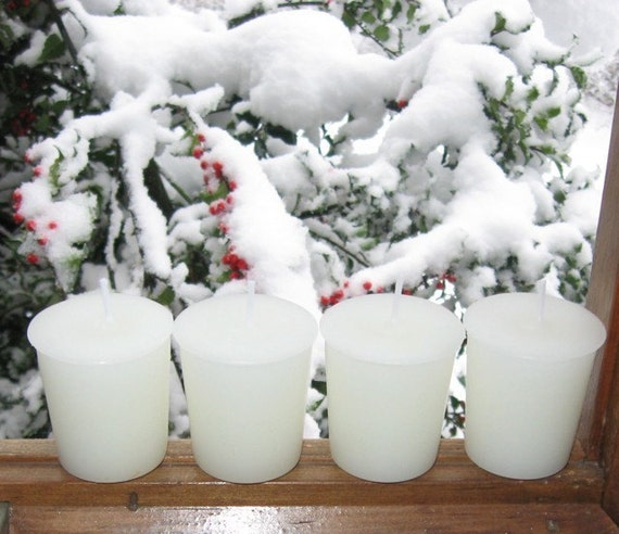 WINTER in NEW ENGLAND (4 votives or 4-oz soy jar candle)