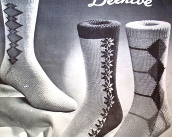 New Socks by Beehive Knitting Pattern No 514 Beehive Handknits Shadow & Stripe Diamond, Snowflake Designs