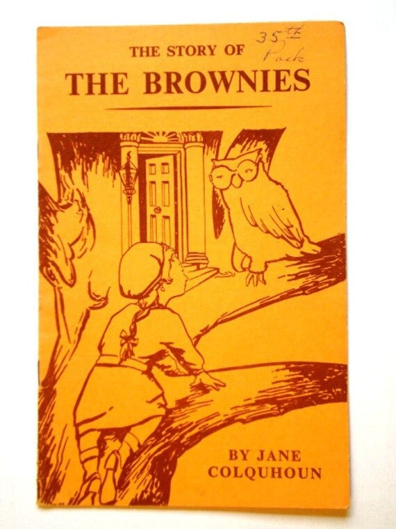 Vintage Play - The Story of the Brownies - 1956 - WAGGGS World Assoc. of Girl Guides & Girl Scouts