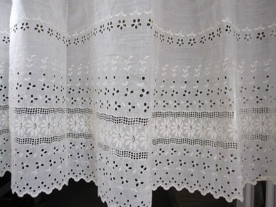 Vintage Fabric Antique Fabric Eyelet Lace Border Fabric 4 72