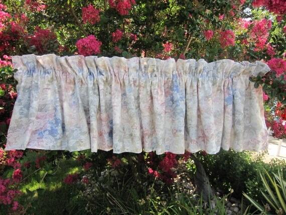 Vintage Curtain, Drape, Window Curtain, Rose Floral Curtain Valance 104 wide