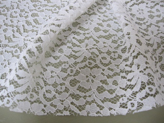 Vintage Lace, Lace Fabric, Off White Lace Fabric Remnant 64 long