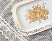 Vintage White METAL TRAY - Shabby Chic Farmhouse Decor - Desk Accessories - Gold Gray Floral
