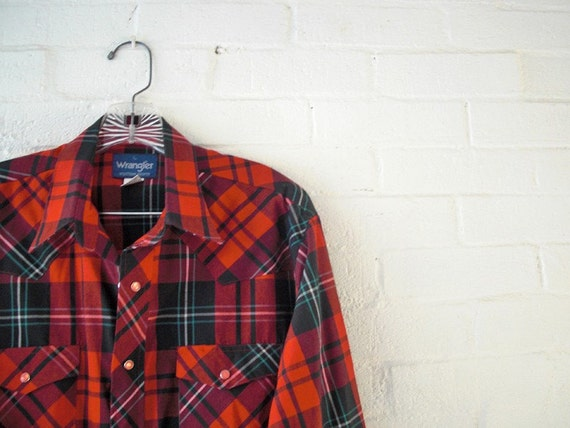 Vintage Mens Shirt Large - PEARL SNAP Shirt - Wrangler Red Plaid Shirt - Winter Lumberjack Print