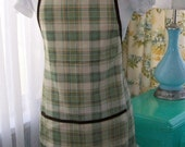 Mimi's Aprons - Vintage Inspired Mint Plaid BBQ Apron - A Perfect Gift For Dads and Grads