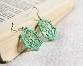 Moss green lace earrings - upcycled crocheted earrings - snowflakes earrings - FREE SHIPPING