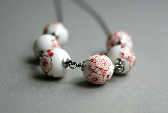 Japanese White Bead Necklace, Porcelain, Gunmetal - Flowers