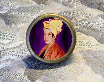 New Orleans VOODOO Queen Marie Laveau Tie Tack or Ring