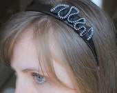 black zipper ruffle headband