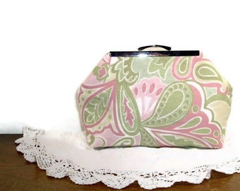 Lime Paisley Punch Clutch