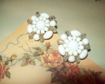 Vintage Midcentury Clear and White Beaded Clip Earrings