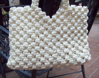 Vintage 1960's Crochet Knotted White Purse