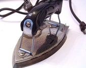 Vintage GE electric Iron