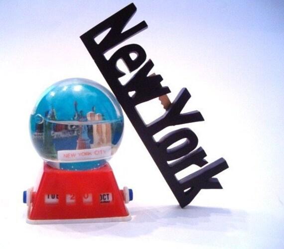 vintage NEW YORK CITY water globe calendar BANK SALE