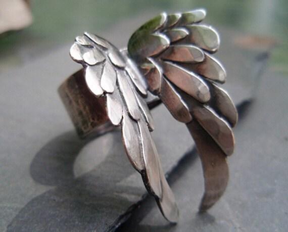 blackbird... the ring