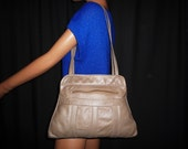 Love TRIANGLE - Vintage 70's - Large - Thick - Patchwork - Leather - TRIANGLE Shape - Satchel - Bag - made in Mexico