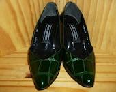 Alligator Feet - Vintage 80's or 90s - Stuart Weitzman - Green - ALLIGATOR Embossed - Leather - Pump Shoes - Heels - marked 5 1/2 M