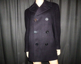 "Sea Worthy - Vintage WWII  - 1940's  - US Navy - Sailor - Wool - Pea Coat - Rockabilly - Boyfriend - Jacket - Men's size 34R - 38"" chest"