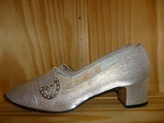 Foot STONEs Vintage 60s Sliver Metallic RhineSTONE Buckle Pump Shoes by Red Cross marked  7 C or wide width