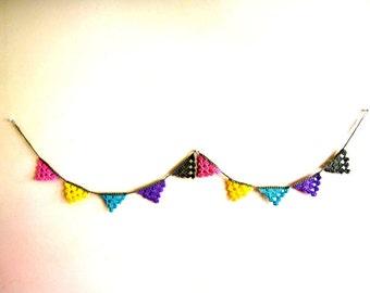 PDF Crochet Pattern Mini Triangle Bunting