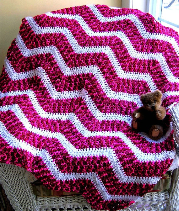 Crochet Zig Zag Afghan : new chevron zig zag crochet knit baby afghan wrap toddler blanket ...
