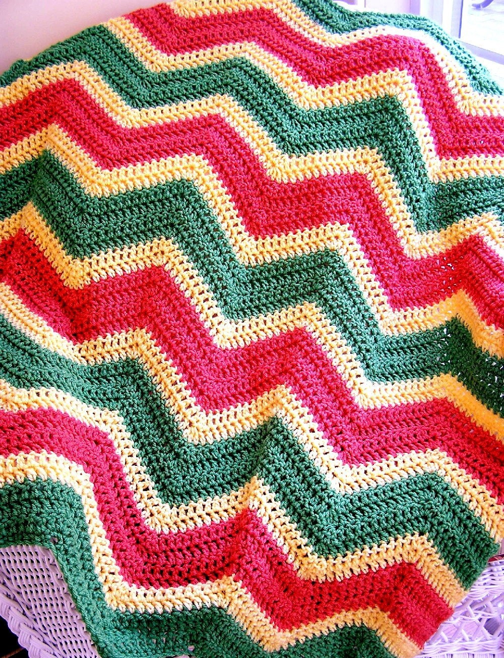 chevron zig zag baby blanket crochet afghan by JDCrochetCreations